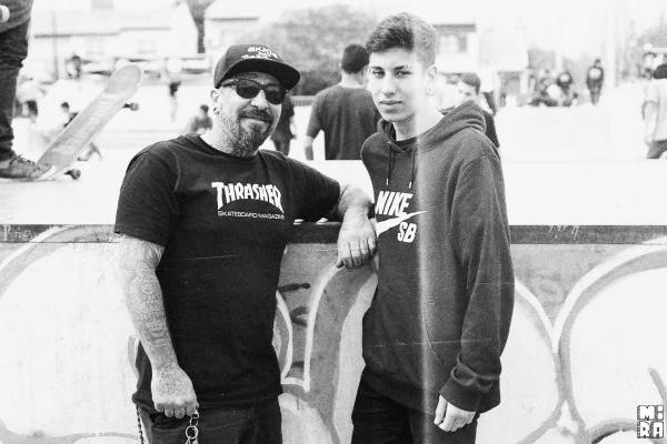 Diego Strina e hijo. Foto: Manu Urbano