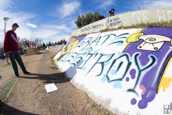Jhony Diaz, mandando color. Foto: Manu Urbano
